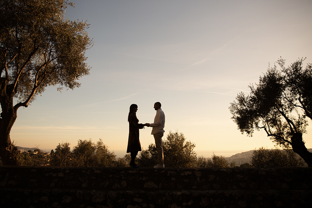 demande en mariage contre jour