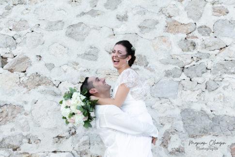 photo de mariage sur le sentier du littoral près de monaco