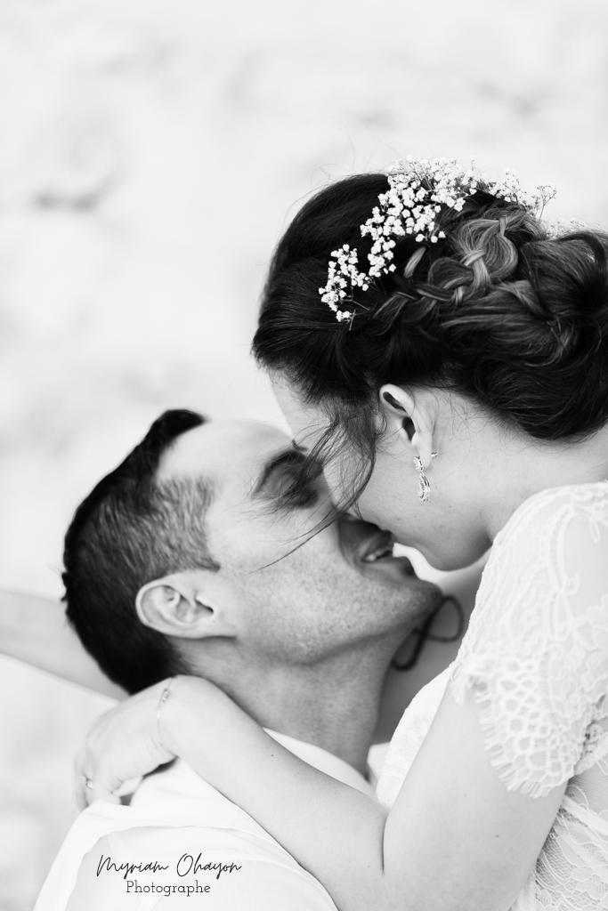 baiser des maries pendant un mariage a monaco