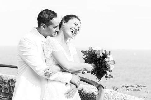 photo de couple pendant un mariage a Monaco