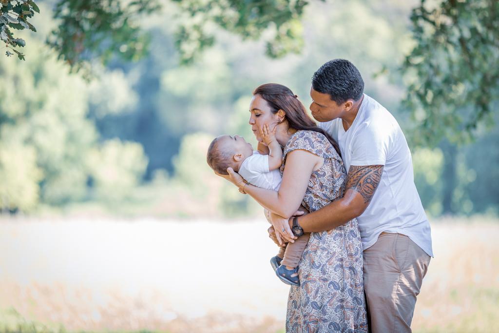 Photo de famille à Vaugrenier (06). 5 bonnes raisons de faire une séance photo en famille