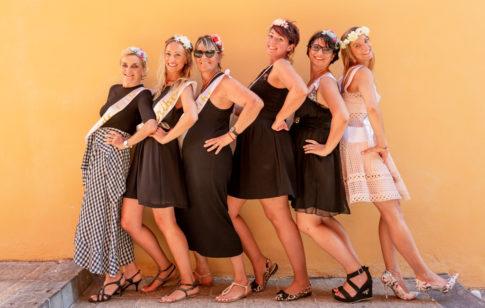 photo de groupe prise par Myriam Ohayon Photographe pour un EVJF