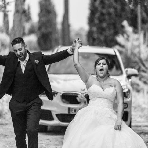 L'arrivée des mariée au Domaine de la Tour Carrée à Peymenade